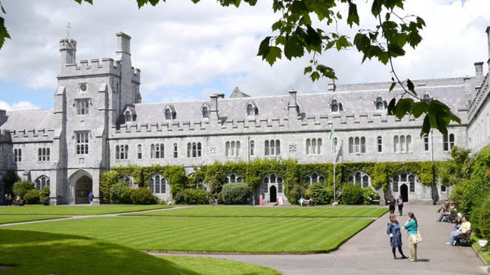 Bolsa de doutoramento | Spanish, Portuguese and Latin American Studies at the School of Languages, Literatures and Cultures, University College Cork.